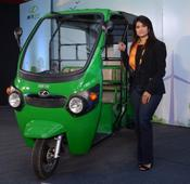 Kinetic makes a mark in Green Mobility with electric Auto named Kinetic Safar