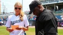 Softball icon Jennie Finch becomes 1st woman to manage pro baseball team