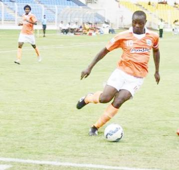I-League: Odafe strikes twice to disappoint Mumbai FC