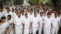 UDF pickets Raj Bhavan on Cooperative  issue