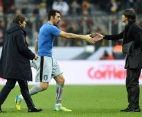 Loew targets key areas for Germany before Eur... (L-R) Italian headcoach Antonio Conte, Italian goalkeeper Gianliugi Buffon a...