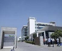 HCL to hire kids directly from school: Does this mark a divorce of education, employment in India?