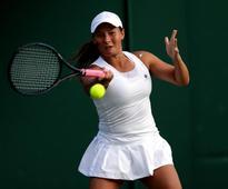 Tara Moore exits Wimbledon after three-set defeat to Svetlana Kuznetsova