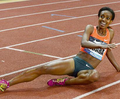 Dibaba runs fastest ever women's 2,000 metres