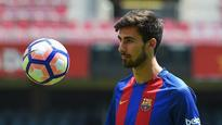 Barcelona complete signing of Gomes from Valencia