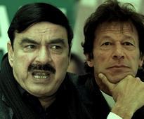 Sheikh Rashid meets Imran Khan in Nathia Gali