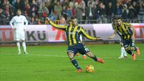 Football: Fenerbahce stay league leaders with 46 points