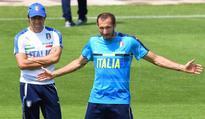 Candreva, De Rossi miss Italy training, Buffon trains alone