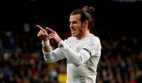 Why Gareth Bale walks alone in the bizarre world of the Bernabeu and...