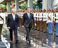 Li Keqiang Holds Talks with President of the Council of State and Council of Ministers Raul Castro Ruz of Cuba