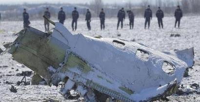 Russian plane crashes outside Moscow, all 71 on board killed