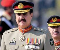 In Pakistan who will fill the General's shoes
