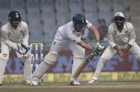 Kotla Test: Amla dismissed but SA reach 94/3 at lunch on Day 5