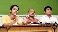 It's students vs police over Kanhaiya Kumar event in Mumbai