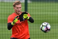Former Liverpool goalkeeper slams Simon Mignolet and says Loris Karius must start against Chelsea