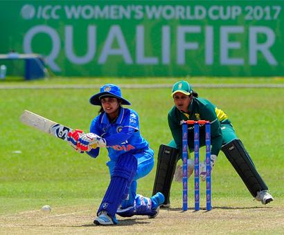 India dump SA to close in on place in 2017 World Cup
