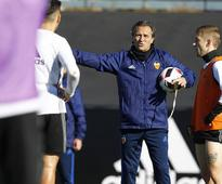 Cesare Prandelli resigns as Valencia CF coach