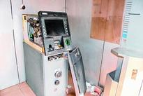 Theft bid at ATM with no guard