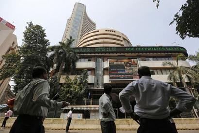 Nifty settles April F&O expiry below 9,350; Sensex down 100 points