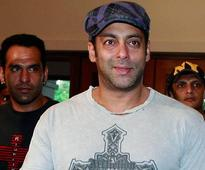 Salman Khan inks Rs 1,000-cr deal for blockbusters