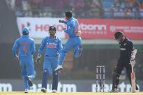 Live Cricket Score of India vs New Zealand, 3rd ODI at Mohali
