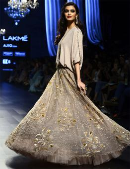 Diana Penty sizzles for Payal Singhal