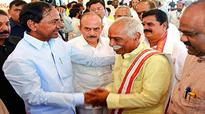 Union Minister Dattatreya asks Telangana to submit new textile proposals