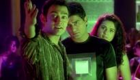 18 Spectacular Stills From 'Dil Chahta Hai' Prove That There Cannot Be Another Movie Like This!