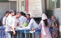 Delhi faces major health crisis, AAP and Centre play blame game