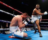 David Haye easily defeats Arnold Gjergjaj in London