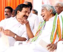 Vigilance court rejects petition against Chandy, Chennithala