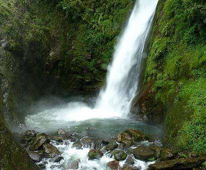 #MonsoonTrek: Escape to Changey waterfalls