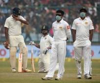 Delhi pollution: Sri Lankans gasp for air at Kotla, Mamata Banerjee taunts Swachh Bharat in Kolkata