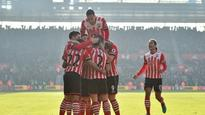 Premier League: Southampton hammer champions Leicester to push them closer to relegation