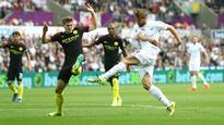 Fernando Llorente impresses despite Swansea loss to Manchester City