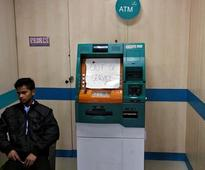 Government rushes to defend bank note ban as doubts grow