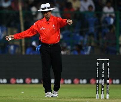 Pakistani umpire Dar rubbishes retirement plans