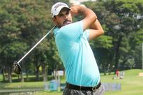 Bhullar maintains form, takes lead in Jakarta