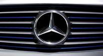 Daimler opens internal emissions probe at U.S. request