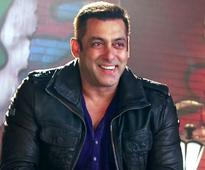 Bigg Boss 10: Shah Rukh Khan, Ranveer Singh, Nargis Fakhri  celebs we wish to see on Salman Khan's show!