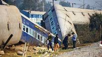 Derailed Ajmer-Sealdah Express had sub-standard coaches: Probe