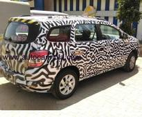 Chevrolet Spin MPV spotted while testing in India