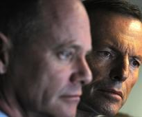 Qld premier at odds with Abbott on rail