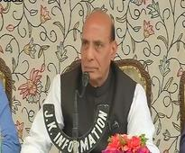 Rajasthan police refuse guard of honour to Rajnath Singh on pay cut rumours