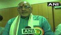 Giriraj Singh booked in land grabbing case, Tejashwi demands resignation