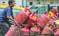 Non-subsidised LPG cylinder price slashes by Rs 11, subsidised hikes by Rs 1.98