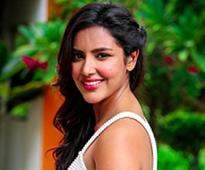 Hope to dub in my voice for Malayalam debut: Priya Anand
