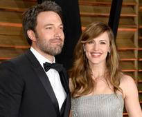 Ben Affleck and Jennifer Garner Divorce: Affleck cheating on wife with Jennifer Lopez! But his mother puts divorce on hold