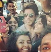 Shah Rukh Khan's fan-tastic moment at US! - News