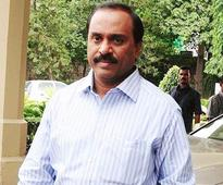 New Delhi: SC stays Karnataka HC order granting relief to Janardhana Reddy
